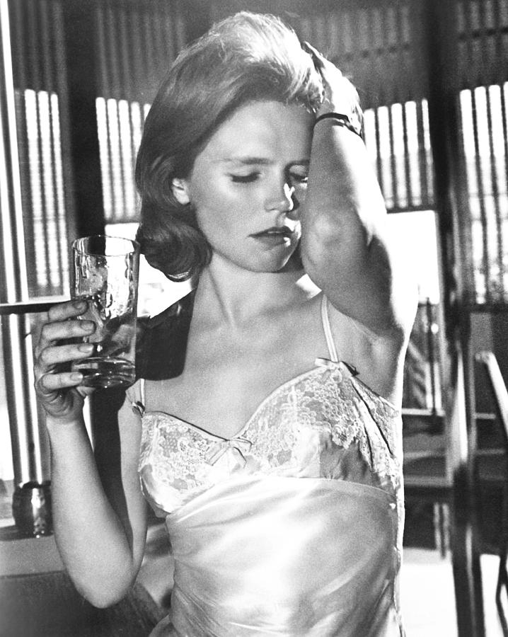 Image result for photos of lee remick in days of wine and roses