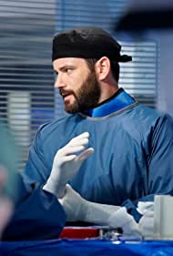 Colin Donnell in Chicago Med (2015)