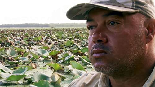 Swamp People: A Cannibal Gator Bullies Joey and Zak