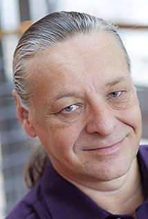 Anders Eljas Picture