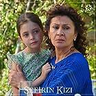 Beren Gençalp and Konca Cilasun in Sefirin Kizi (2019)