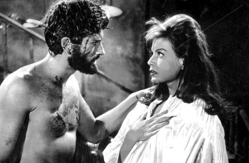 John Drew Barrymore and Eva Bartok in Ti aspetterò all'inferno (1960)