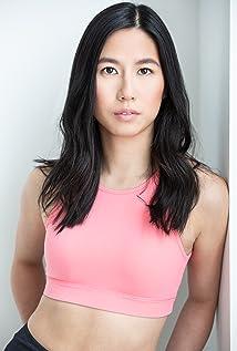 Louisa Zhu Picture