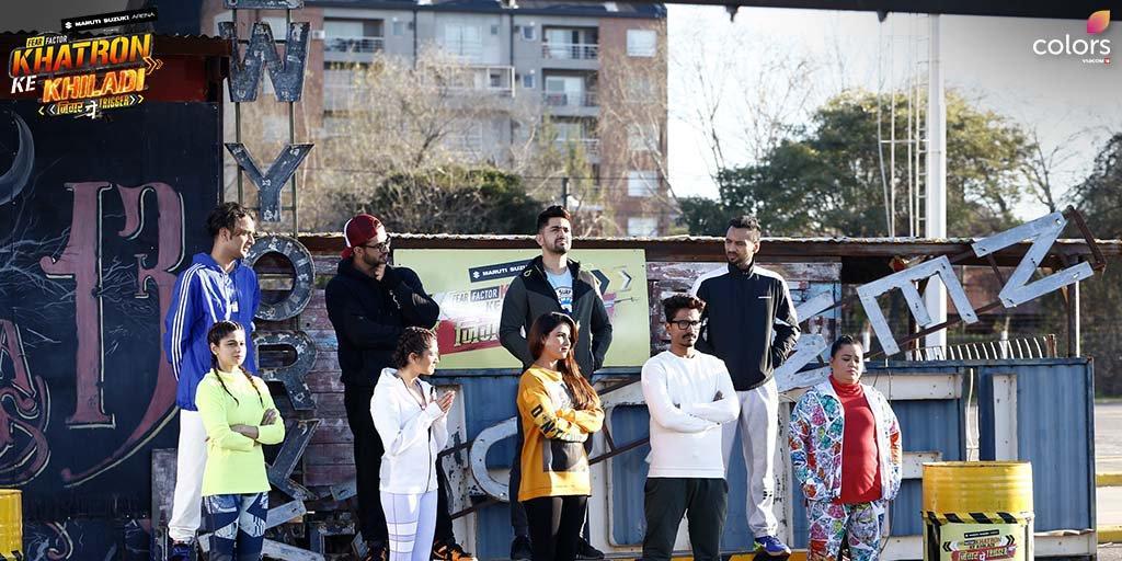 Shamita Shetty, Vikas Gupta, Bharti Singh, Jasmin Bhasin, Ali Goni, and Ridhima Pandit in Fear Factor: Khatron Ke Khiladi (2008)