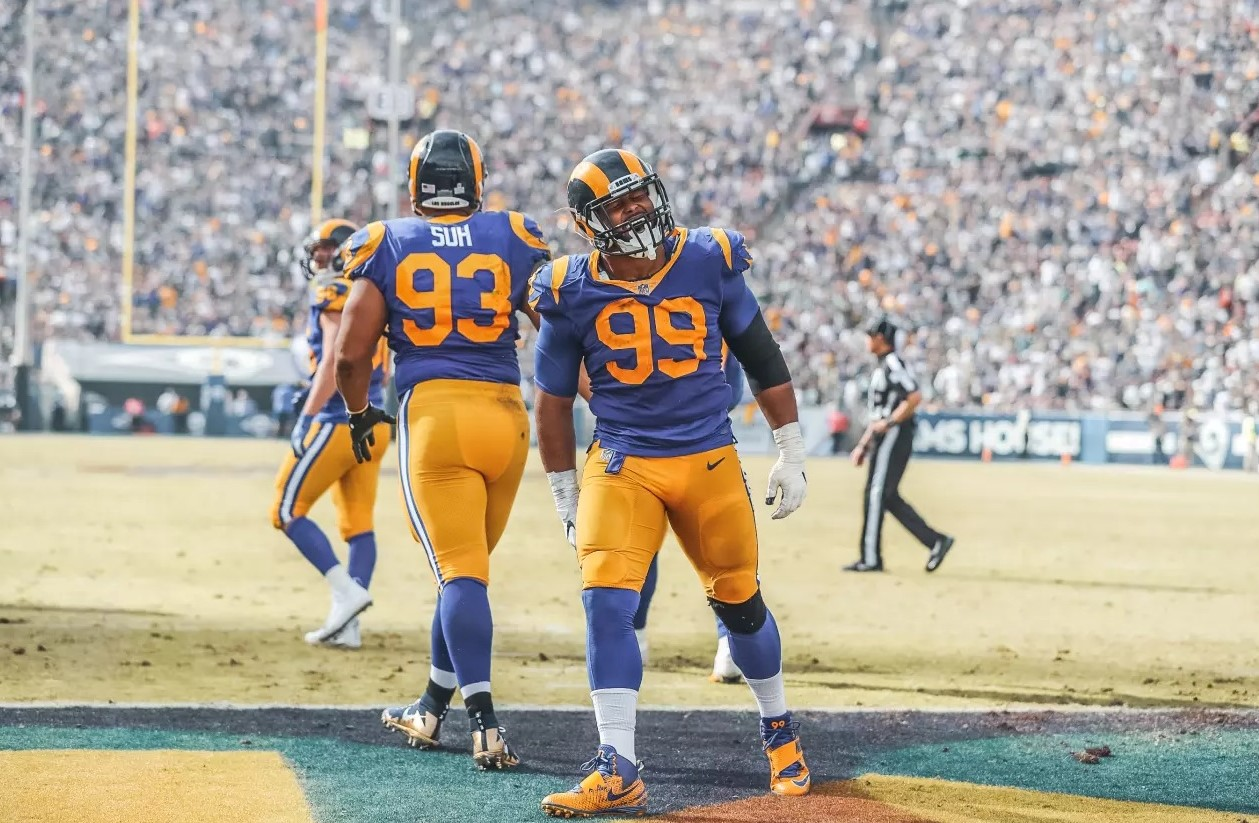 official photos f6a68 5c42f Ndamukong Suh