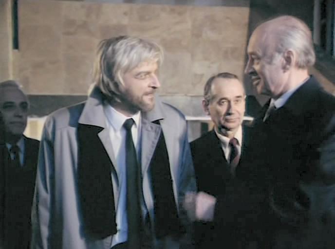 Aleksandr Martynov, Nikolai Prokopovich, and Sergei Sibel in Zoloto partii (1993)