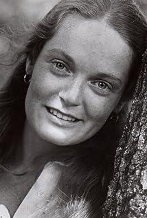 Elizabeth Hartman Picture