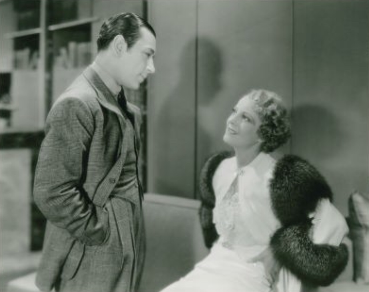 George Raft and Helen Vinson in Midnight Club (1933)