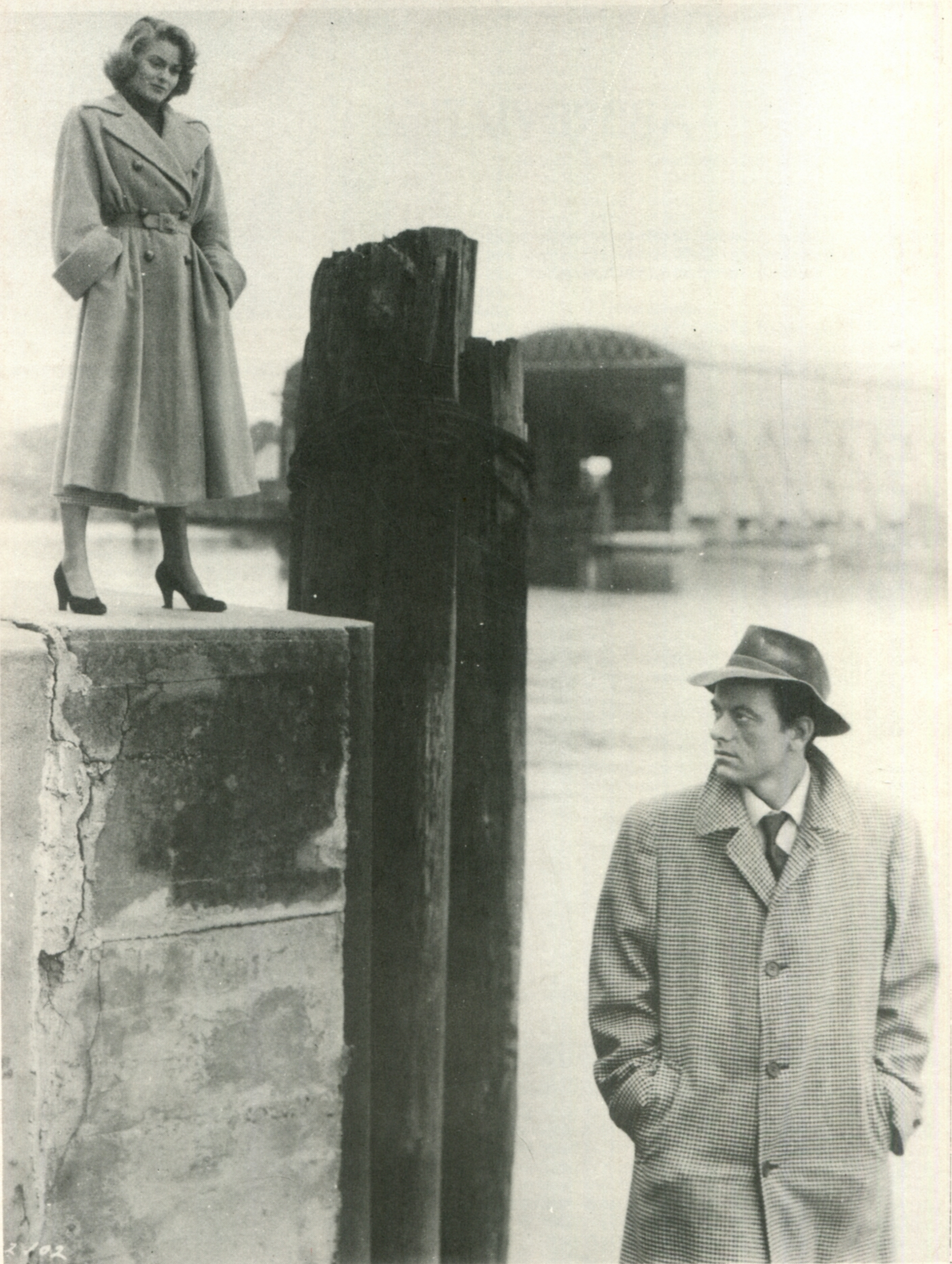Joanne Dru and John Ireland in All the King's Men (1949)