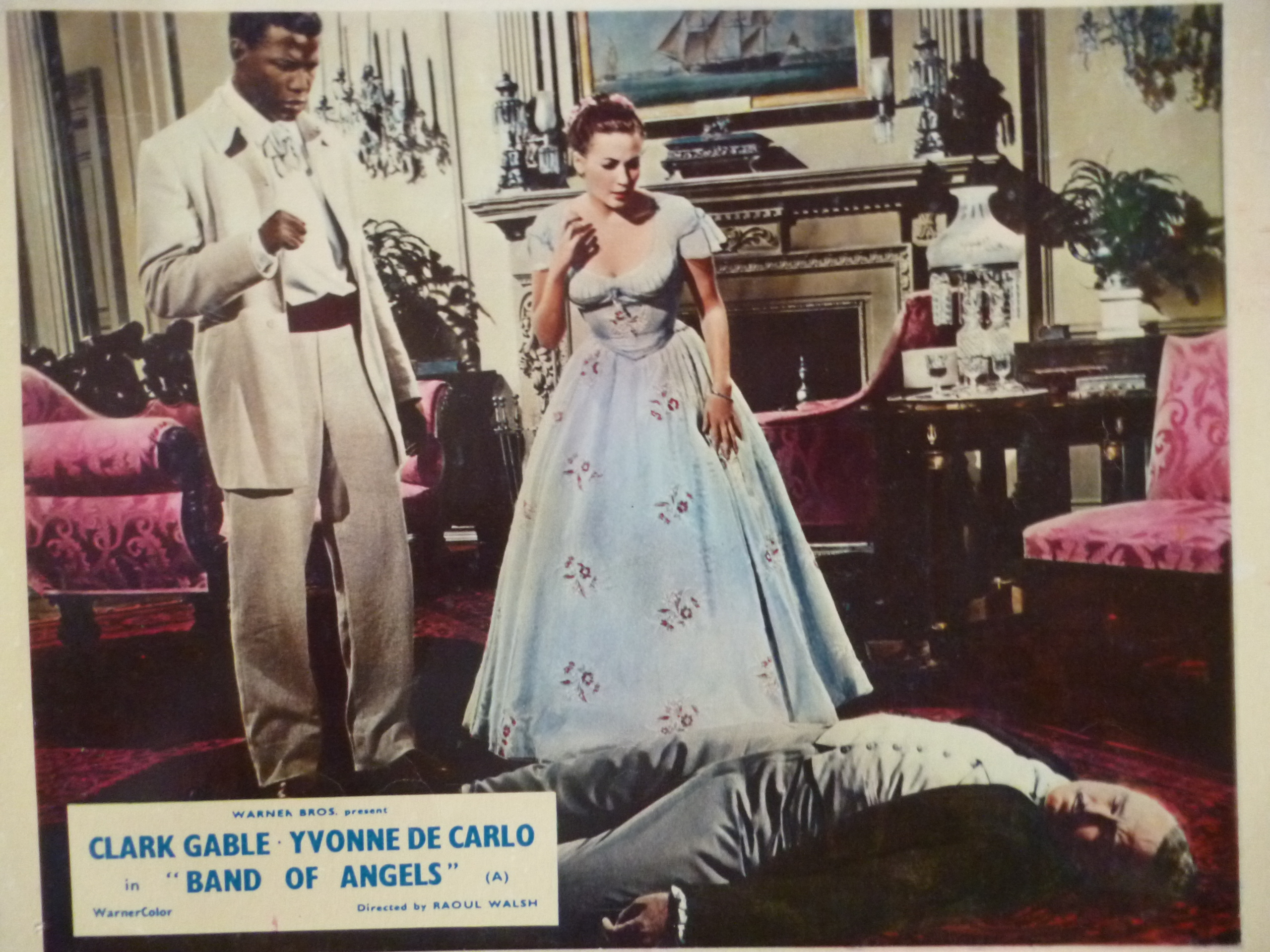 Yvonne De Carlo, Sidney Poitier, and Patric Knowles in Band of Angels (1957)