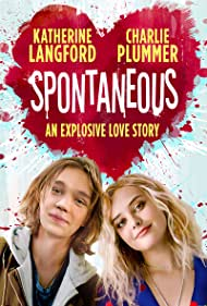 Charlie Plummer and Katherine Langford in Spontaneous (2020)