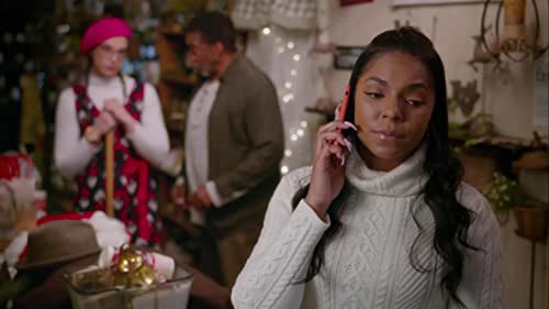 Clio befriends Fred, a former jazz singer down on his luck. They form a special bond over music, and Clio, having just lost her own father, helps Fred reconnect with his own daughter, just in time for Christmas.
