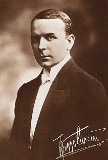 Viggo Larsen Picture