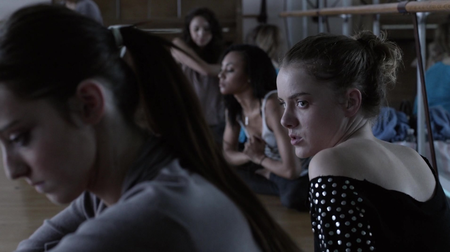 Laura Wiggins and Emma Dumont in Thinspiration (2014)