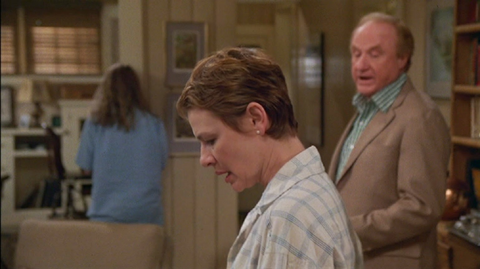 Dianne Wiest and Jack Warden in September (1987)
