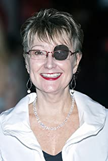 Suzanne Lyons Picture