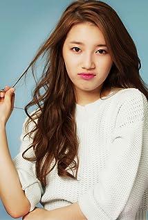 Suzy Bae Picture