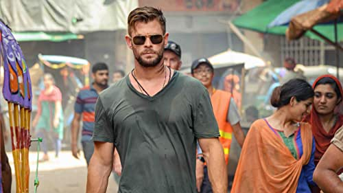 Tyler Rake (Chris Hemsworth) is a fearless black market mercenary with nothing left to lose when his skills are solicited to rescue the kidnapped son of an imprisoned international crime lord. But in the murky underworld of weapons dealers and drug traffickers, an already deadly mission approaches the impossible, forever altering the lives of Rake and the boy.