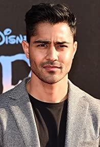 Primary photo for Manish Dayal