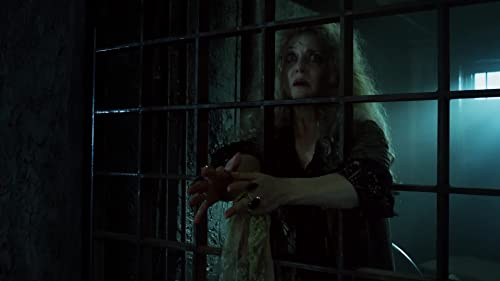 Gotham: Mommy's Little Monster