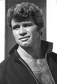 Primary photo for Martin Kove