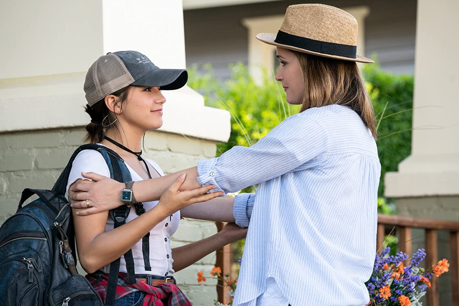 Rose Byrne and Isabela Merced in Instant Family (2018)