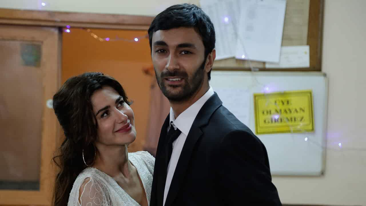 Our Story (Bizim Hikaye) S01 Compete Hindi Dubbed Download In 720p