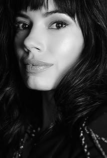 Jenna Lyng Adams Picture