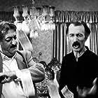 Ezzatolah Entezami and Parviz Poorhosseini in Rooz-e fereshte (1994)