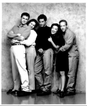 Jonathan Silverman, Ming-Na Wen, Jessica Hecht, Mark Moses, and Joey Slotnick in The Single Guy (1995)