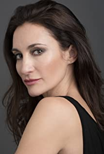 Paola Matienzo Picture