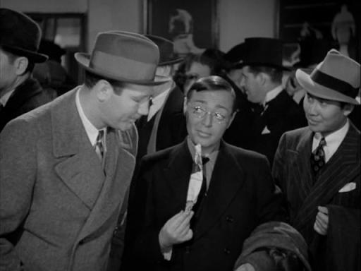 Peter Lorre, Keye Luke, and Maxie Rosenbloom in Mr. Moto's Gamble (1938)