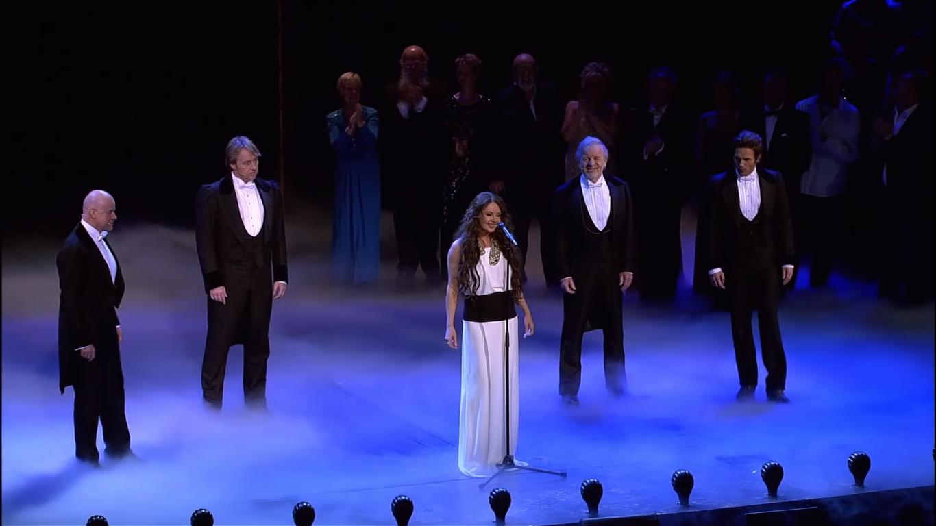 Sarah Brightman, Peter Jöback, Anthony Warlow, Colm Wilkinson, and John Owen-Jones in The Phantom of the Opera at the Royal Albert Hall (2011)