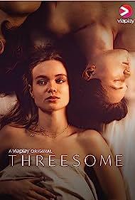 Matilda Källström, Simon Lööf, and Alma Jodorowsky in Threesome (2021)