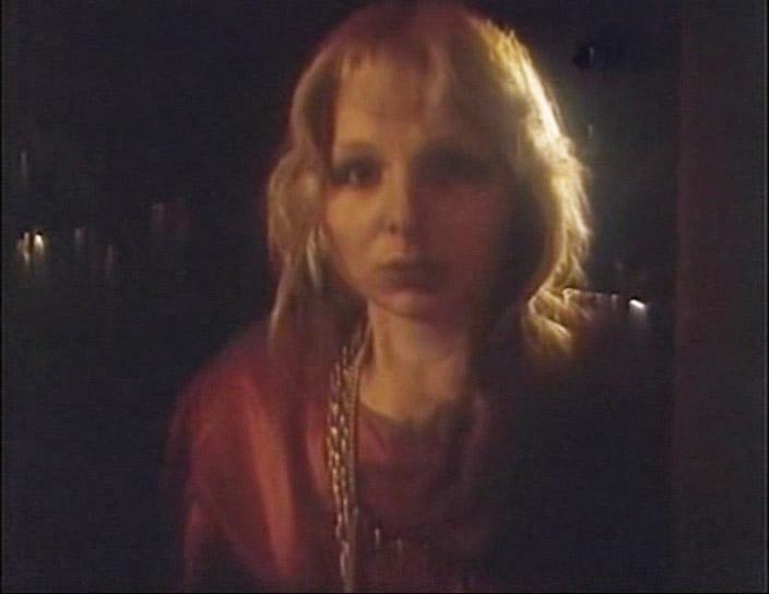 Tatyana Nazarova in Zelyonyy ogon kozy (1989)