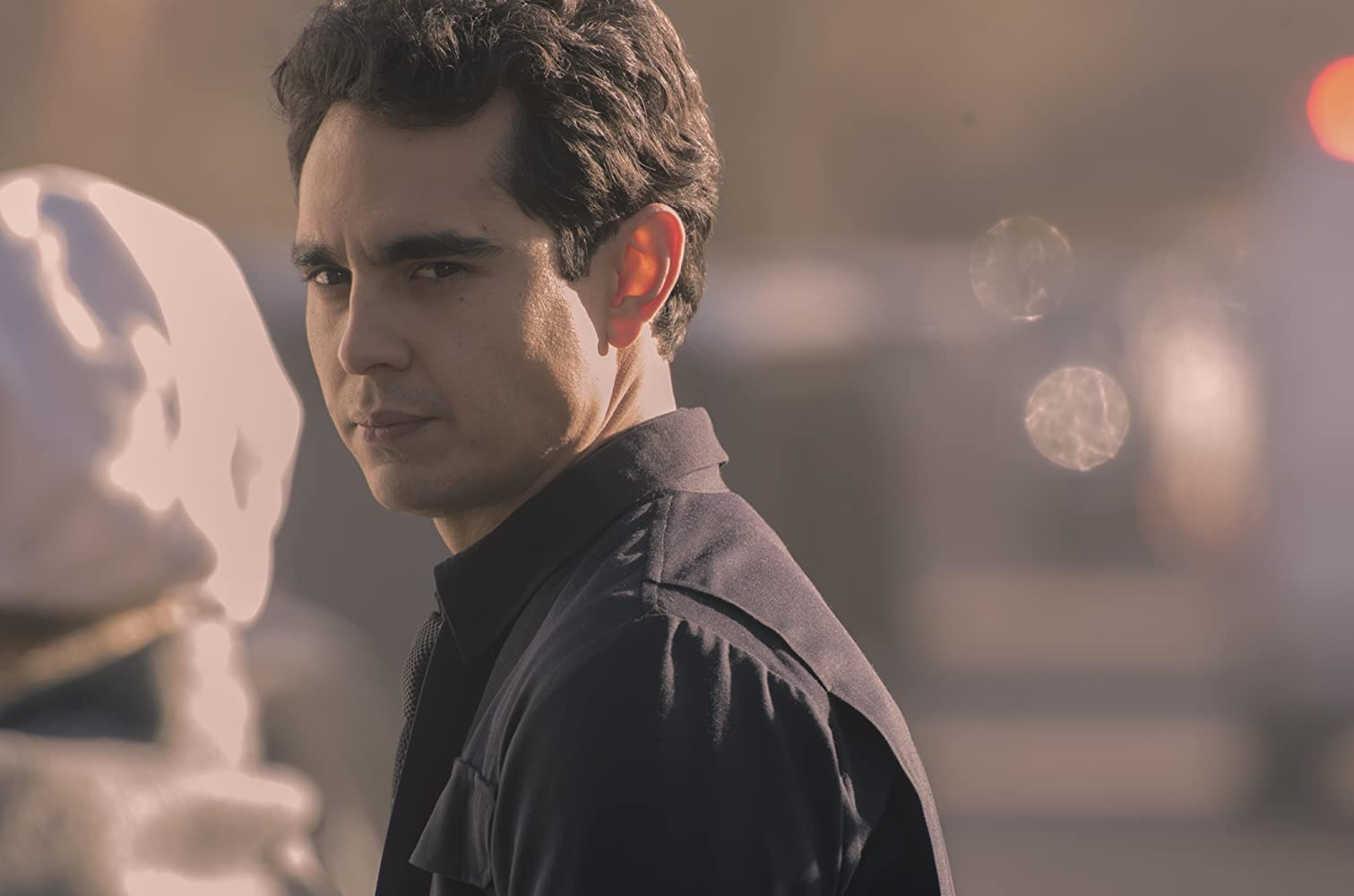 Max Minghella in The Handmaid's Tale (2017)