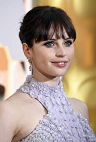 Primary photo for Felicity Jones