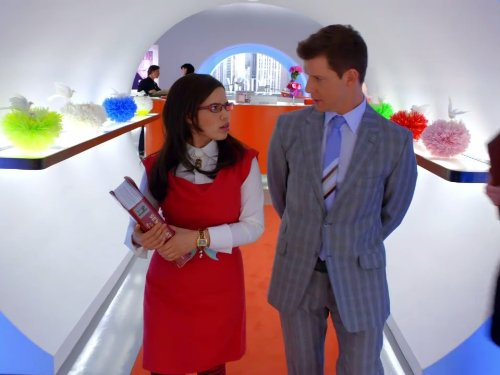 Eric Mabius and America Ferrera in Ugly Betty (2006)