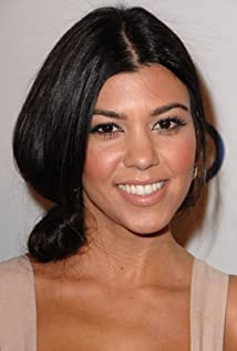 Kourtney Kardashian Picture