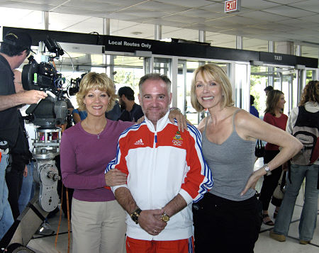 """On the set of """"THE PERFECT NEIGHBOR"""" with Barbara Niven & Susan Blakely"""