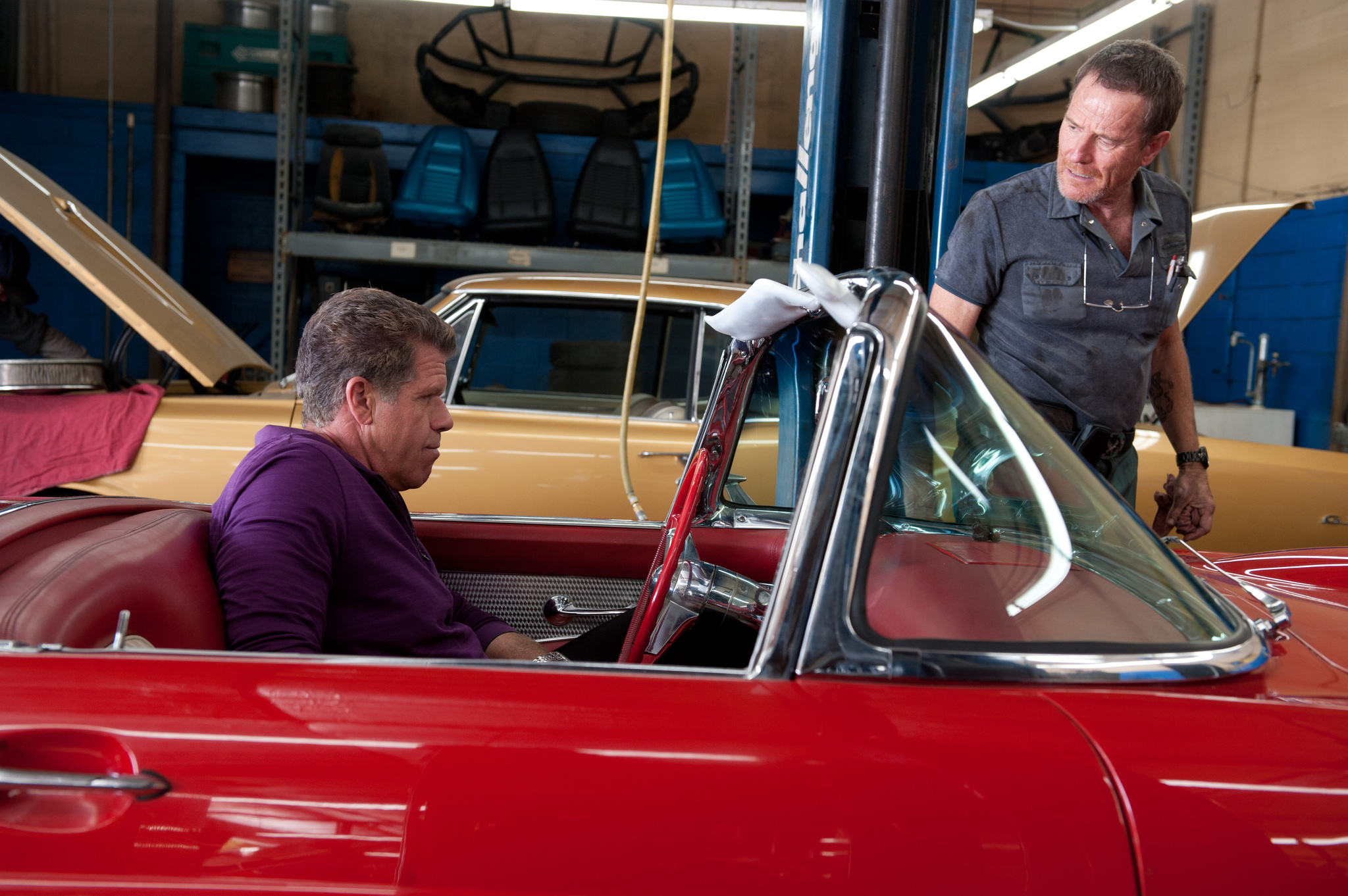 Ron Perlman and Bryan Cranston in Drive (2011)