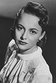 Primary photo for Olivia de Havilland