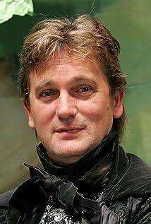 Simon Shepherd Picture