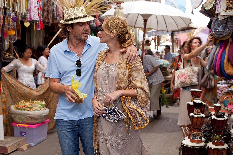 Julia Roberts and Javier Bardem in Eat Pray Love (2010)