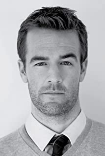 James Van Der Beek Picture