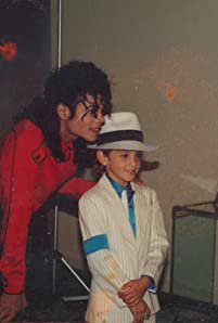 Michael Jackson and Wade Robson in Leaving Neverland (2019)