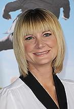 Kerri Kenney's primary photo