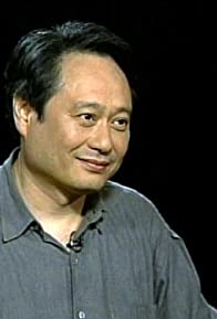Primary photo for Episode dated 19 June 2003