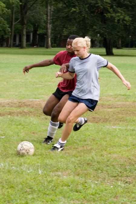 Carly Schroeder in Gracie (2007)