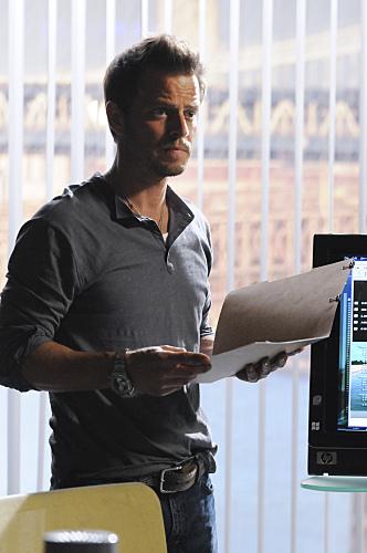 Carmine Giovinazzo in CSI: NY   Moda masculina, Moda, Famosos